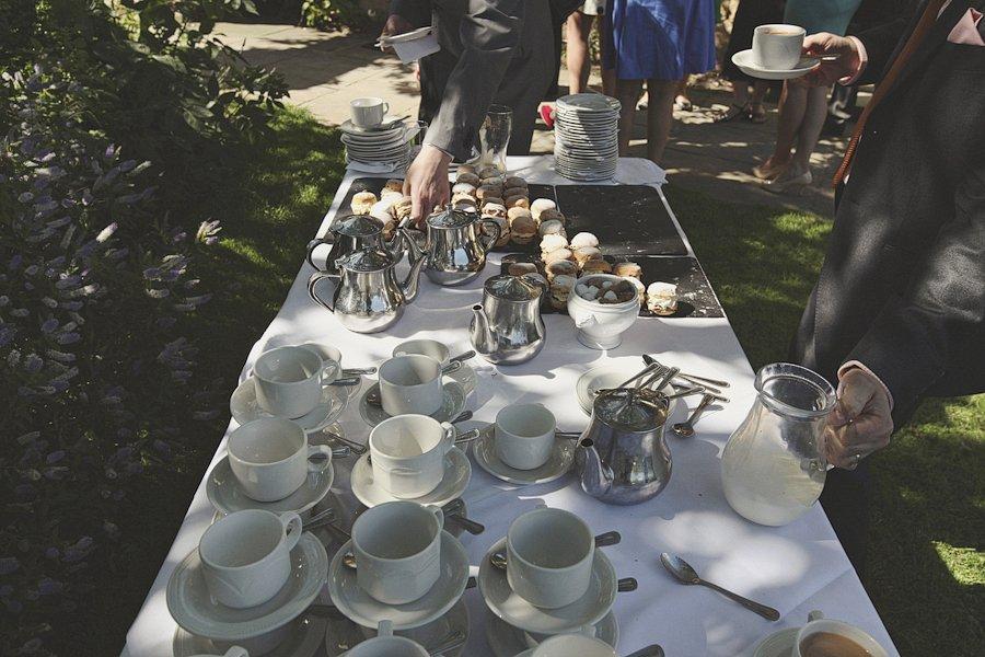 tea-and-cake-british-wedding-10