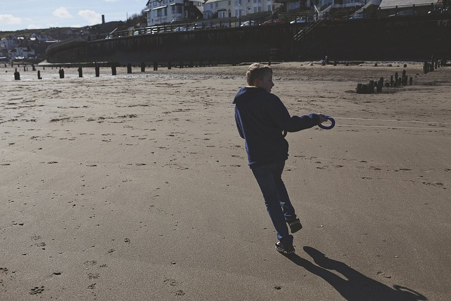 Sandsend-beach-portraits-family-18