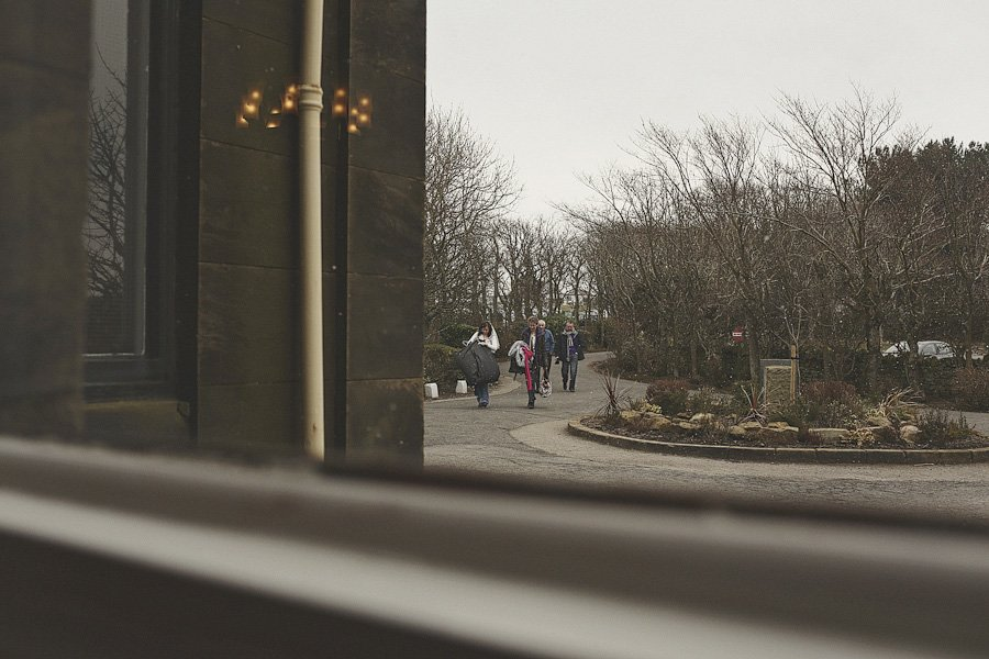 raven-hall-hotel-wedding-photography-14