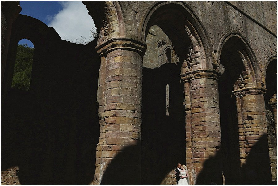 Fountains-Abbey-Wedding-Photography_0001