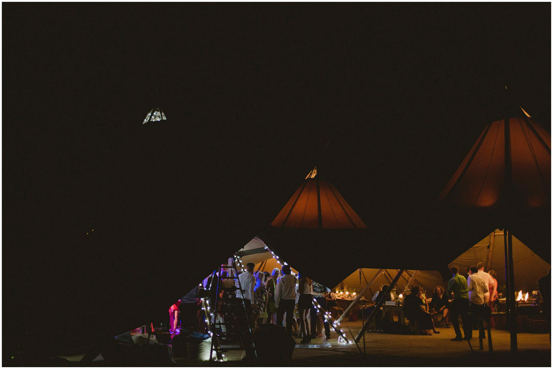 Kent-Festival-Tipi-wedding-photography_0206