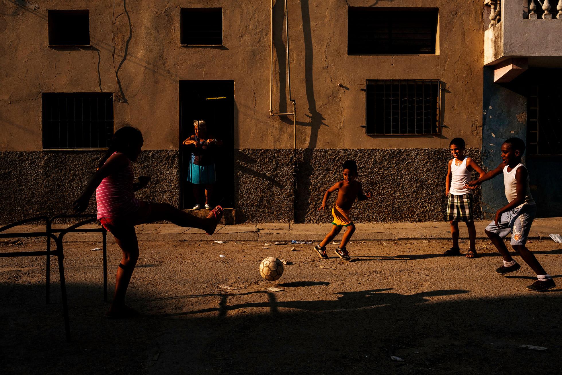 Cuba Street Photographer