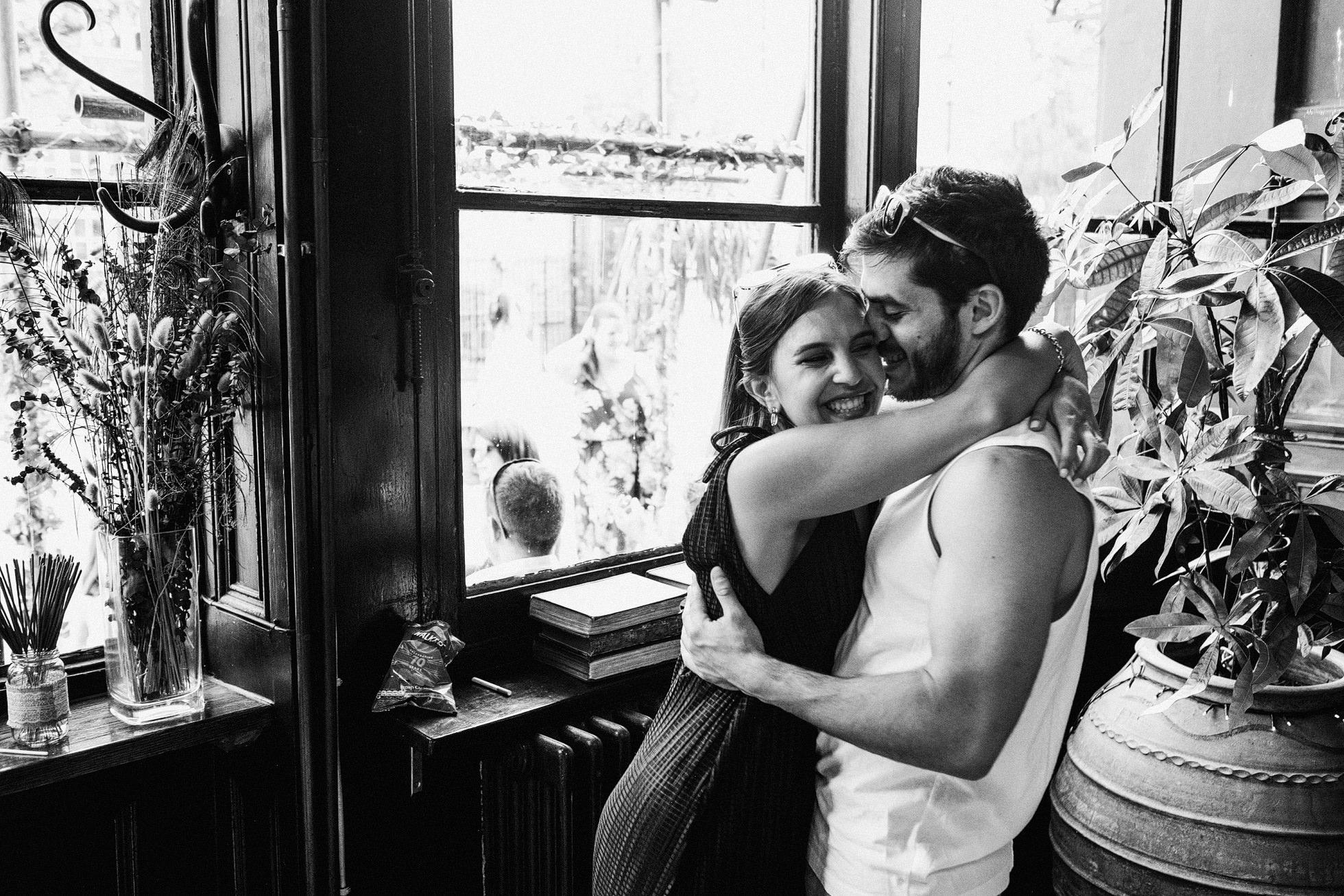 Island Queen Pub Wedding Photography